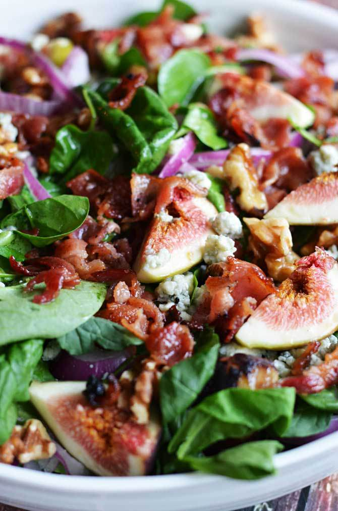 fig, blue cheese and walnut spinach salad