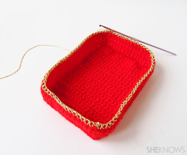 Valentine's Day crochet box of chocolates: Attach gold fingering yarn