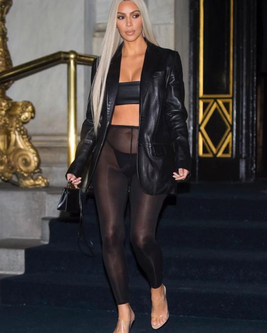 Kim Kardashian's Most Naked Looks: Attending the Daily Front Row Fashion Media Awards | Kim Kardashian Fashion