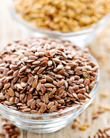 Flax seeds in bowl
