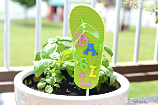 Flip flop garden marker