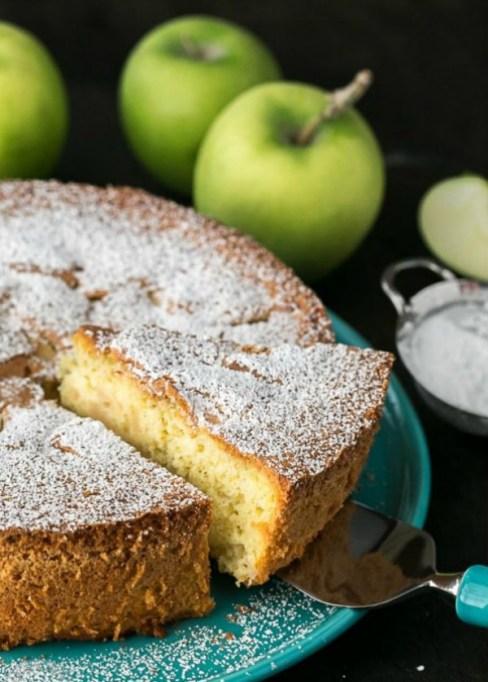 Dairy free dessert recipes: apple sharlotka