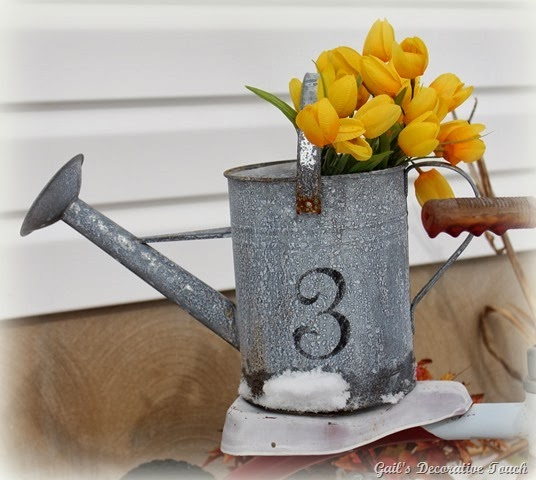 Watering can flower pot planter | Sheknows.com