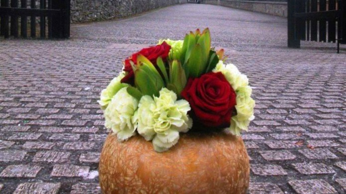 Florists do the sweetest thing on