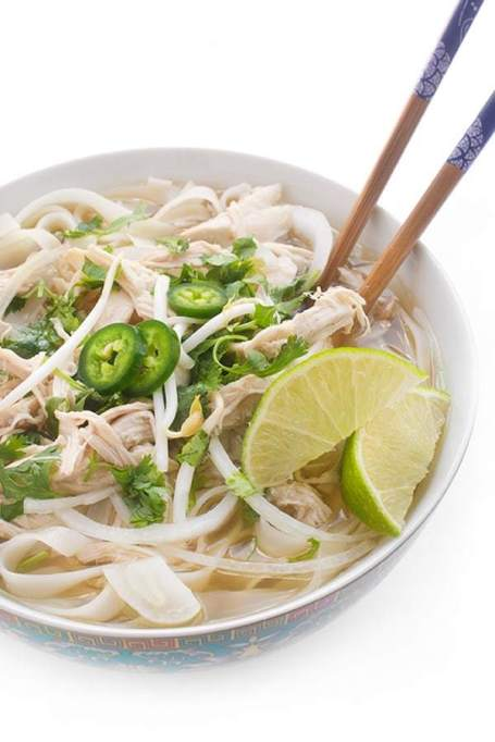 10 Soups You Can Make in a Slow-Cooker: chicken pho