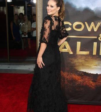 Olivia Wilde gothic-inspired fashions