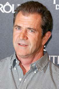 Mel Gibson strikes plea deal