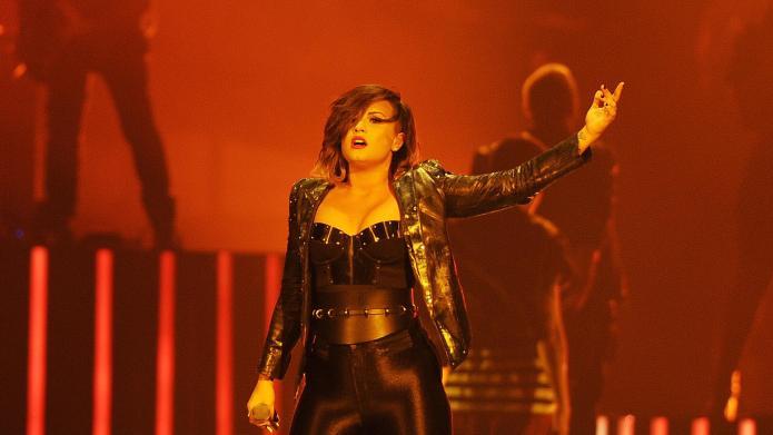 Demi Lovato, Joe Jonas reunite for