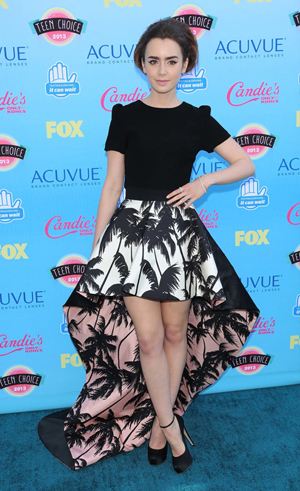 Lily Collins at premiere at the Teen Choice Awards