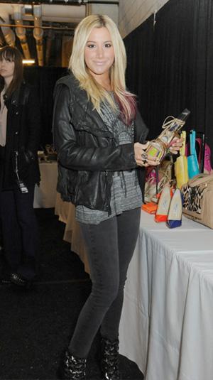 Ashley Tisdale fashiom mistake