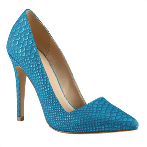 Shop the look:Call it Spring Seveven Pumps in Teal (callitspring.com, $50)