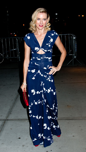 Naomi Watts wearing blue flora dress