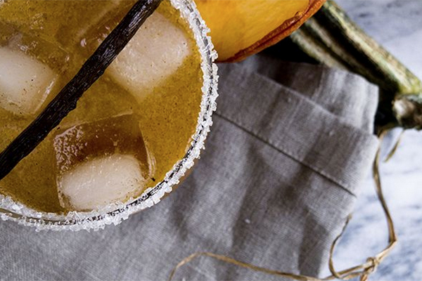17 Pumpkin cocktails: Spiced pumpkin shrub cocktail