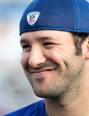 Tony Romo beats Jessica Simpson to