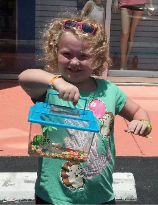 Honey Boo Boo and her snail in July 2013