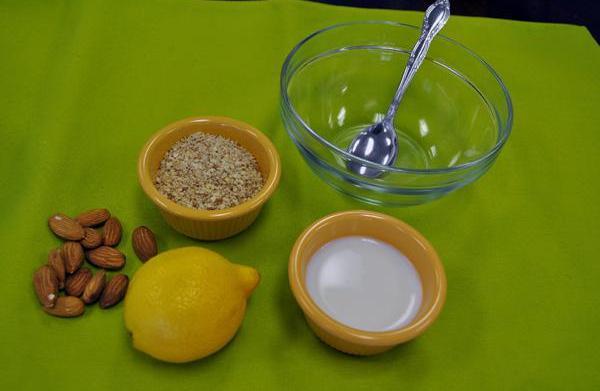 Beauty DIY: Make an almond-lemon facial