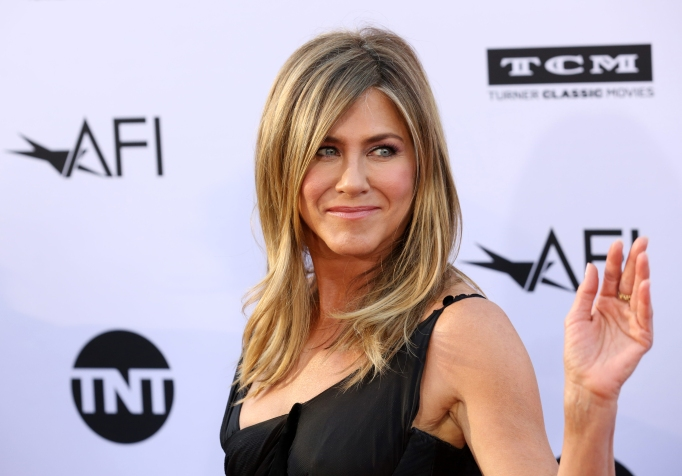 Jennifer Aniston attends the 46th AFI Lifetime Achievement Award presented to George Clooney