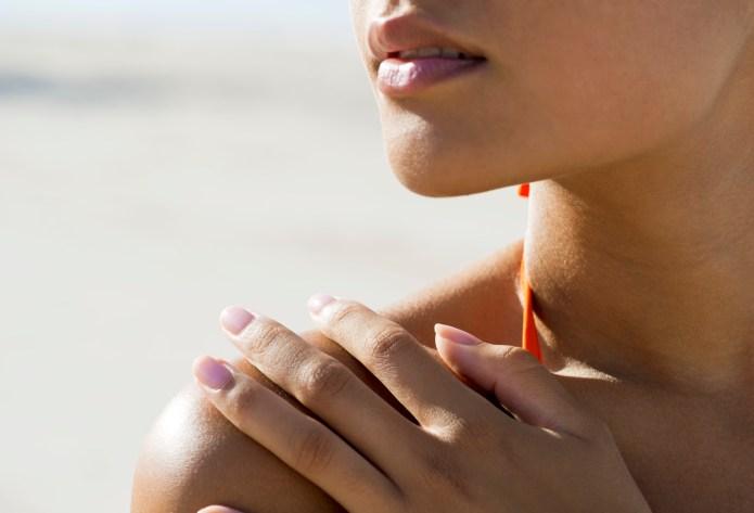 7 Ways to DIY a tan