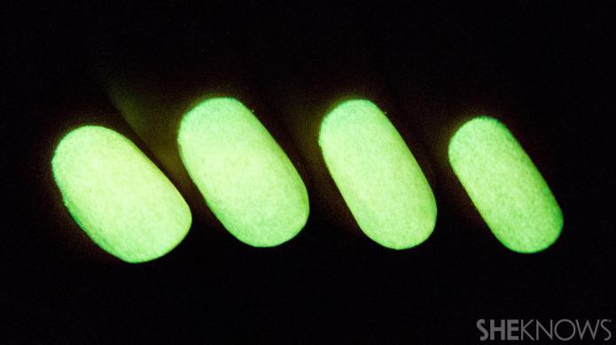 Glow-in-the-dark nail polish you can make