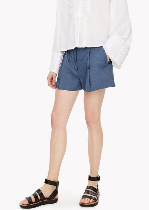 The Best Stores to Shop for Fashion Basics: Theory Linen Shorts | Summer style 2017