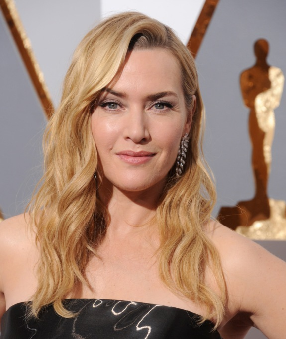 Celebrities Who Embrace Their Acne | Kate Winslet