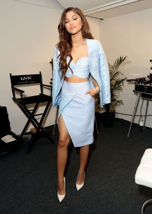 Zendaya's Killer Fashion Choices | Attending the NYX Cosmetics VIP lounge during BeautyCon LA