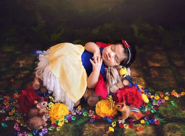 These baby Disney princesses are adorable.