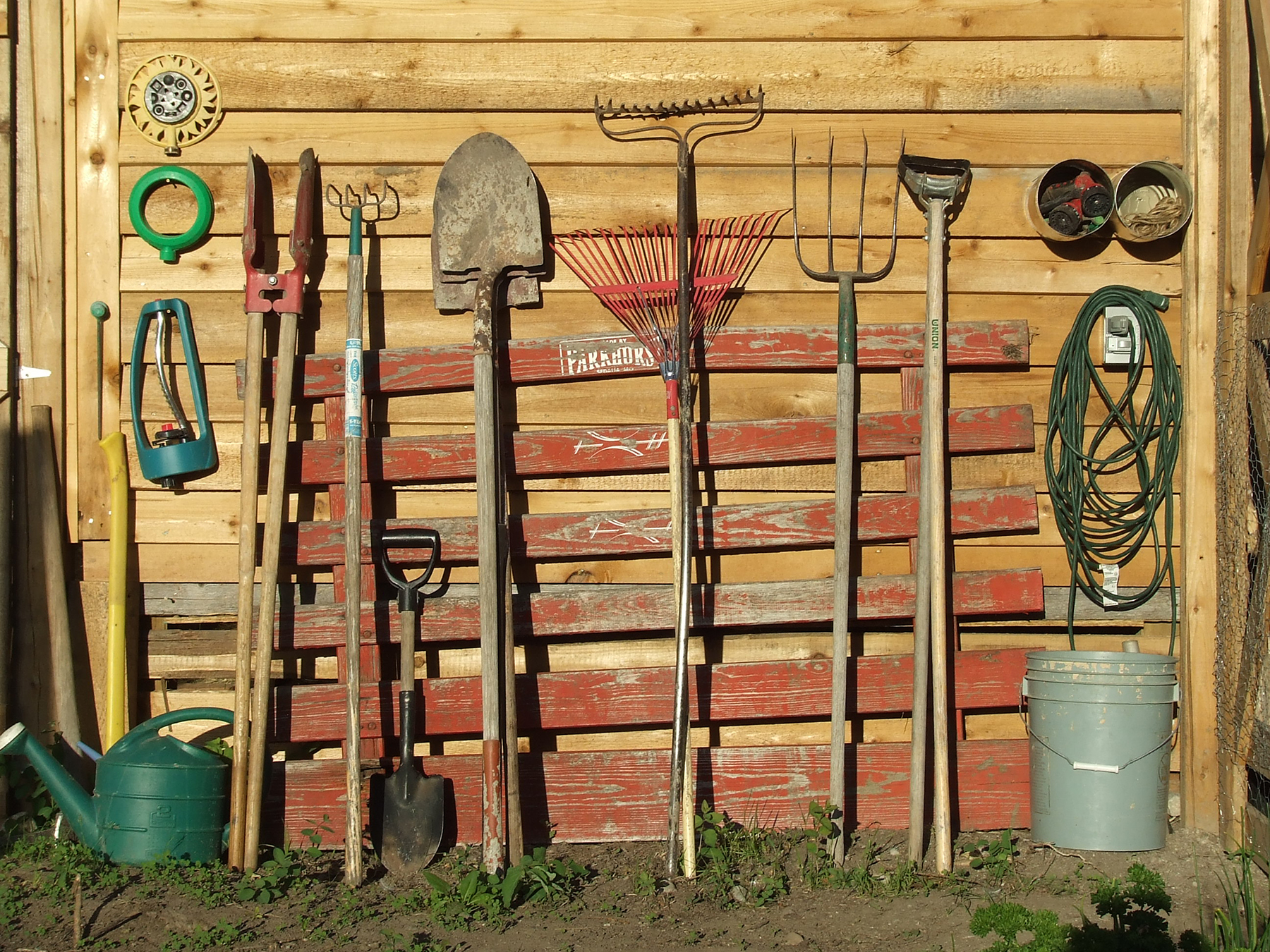 5 Things you must do now to get your garden ready for ...