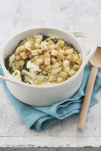 Garlic mashed potatoes with cheese and crouton topper