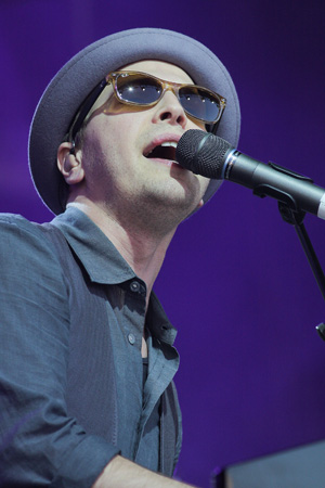 Gavin DeGraw joining Dancing With the Stars