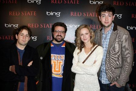 Kevin Smith keeps Red State and