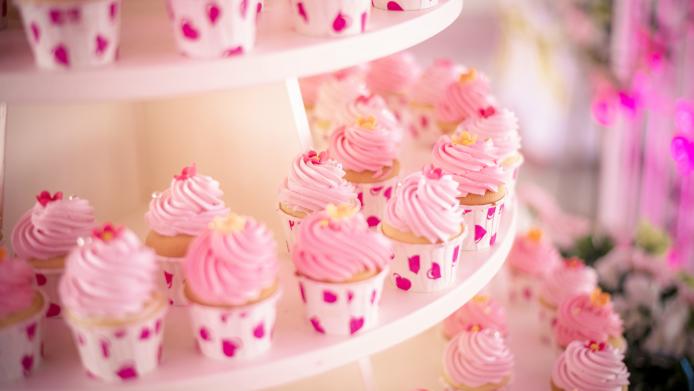 19 Baby Shower Cake FAILs so