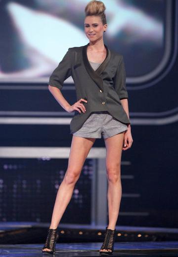 Fashion Star Epsiode 4 -- Kara's blazer