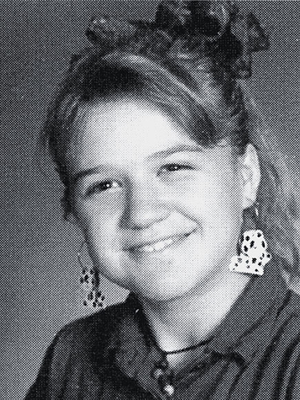 Kelly Clarkson Yearbook Photo
