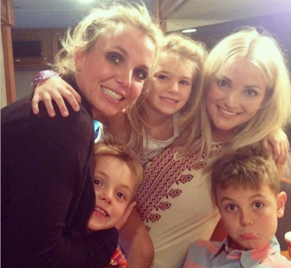 Britney Spears with Sean, Jayden James and Jamie Lynn Spears