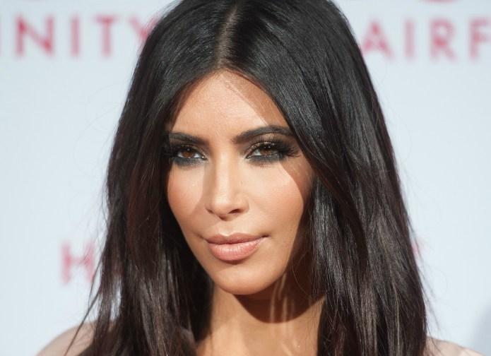 16 Classy Kim Kardashian outfits you