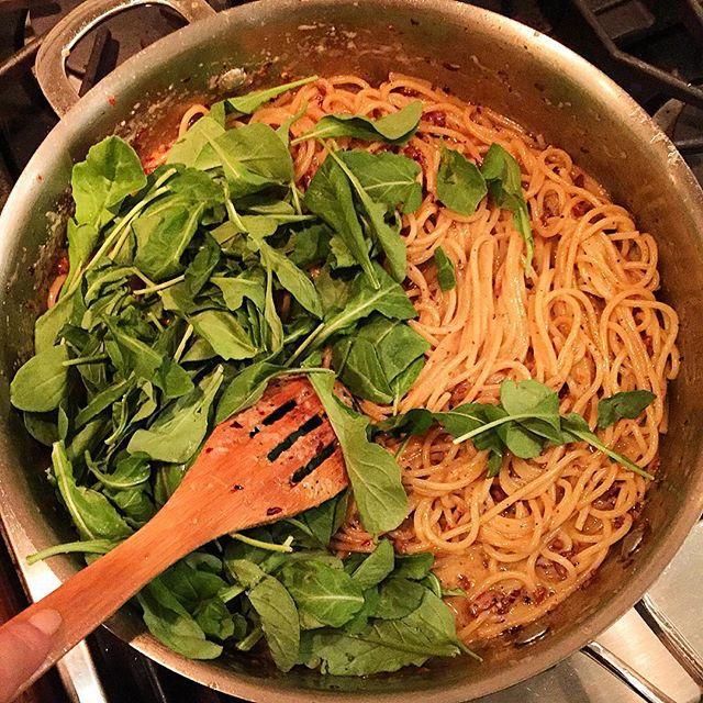 Chrissy Teigen Mouth Watering Recipes: Lemon lemon cacio e pepe spaghetti   Celebrity Eats