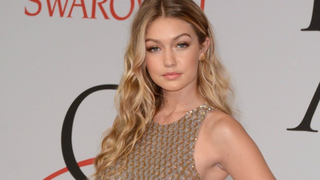 Gigi Hadid Bares Pregnant Belly in Photo With Major '90s Kate Moss Vibes
