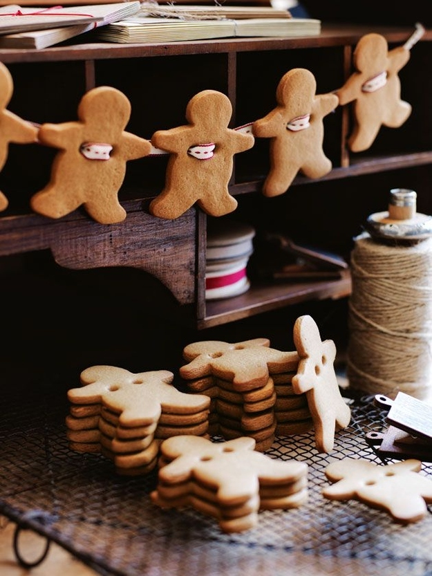 Gingerbread garland from Donna Hay