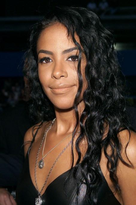 Aaliyah August 2001