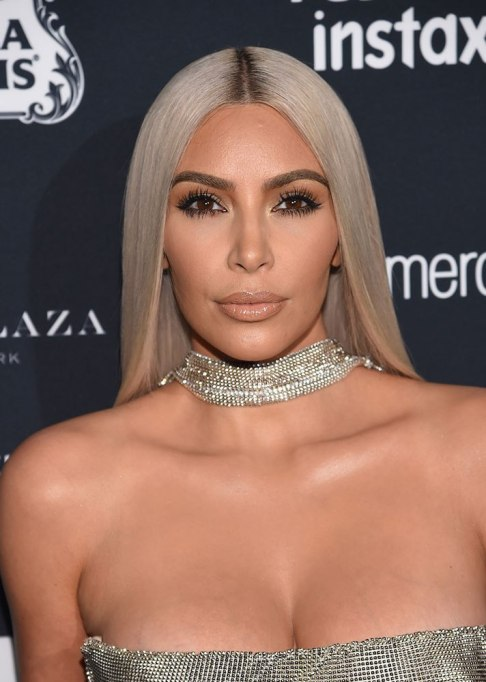 Best Celebrity Hair Transformations of 2017: Kim Kardashian with gray-blonde hair for the fall season