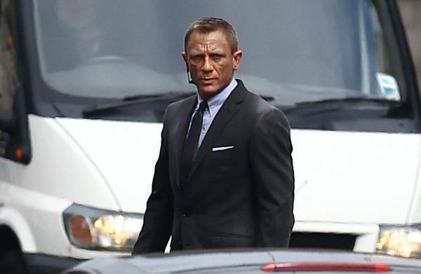 Boo hoo! Bond star Daniel Craig