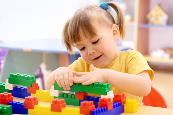 5ecfd7b71bc2 Lessons to teach while playing with blocks – SheKnows