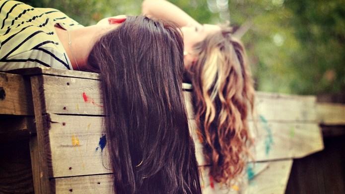 6 Ways female friendships make us