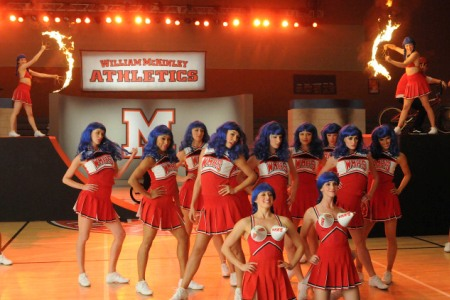 Glee goes through hoops for its post-Super Bowl episode