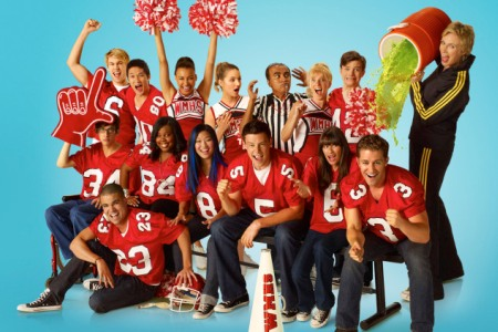 Glee hits the road for a 16-city tour