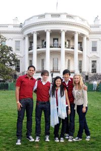 The cast of Glee visit The White House