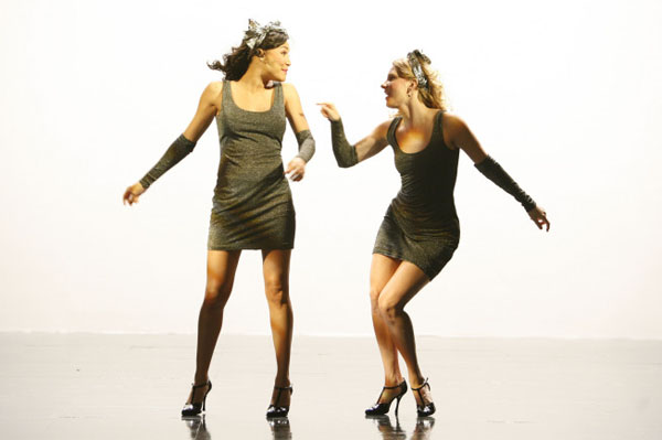 Glee pays tribute to Whitney Houston