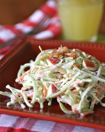 Gluten-free Friday: Creamy and light broccoli slaw