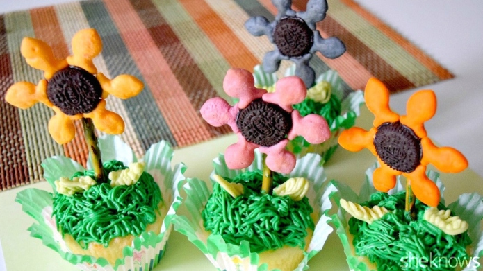 Make fun, edible flowers from your